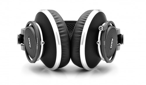 AKG_K812_Studio_Headphones_2
