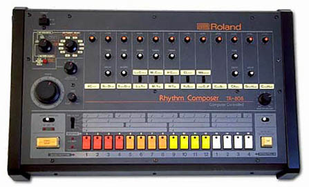Roland_TR-808_drum_machine2