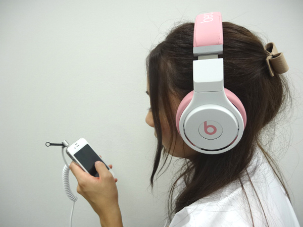 BeatsPro_NickiPink_010