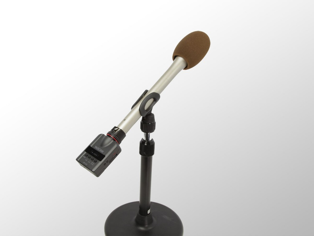dr-10x_w_micstand