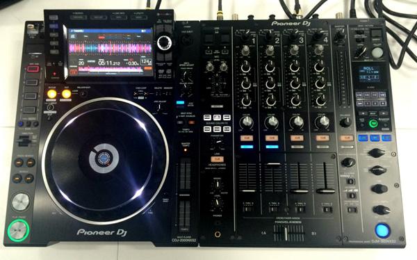 CDJ2000NXS2_DJM900NXS2_002