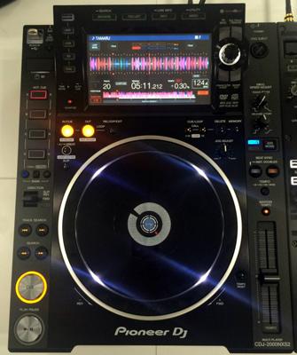 CDJ2000NXS2_DJM900NXS2_003