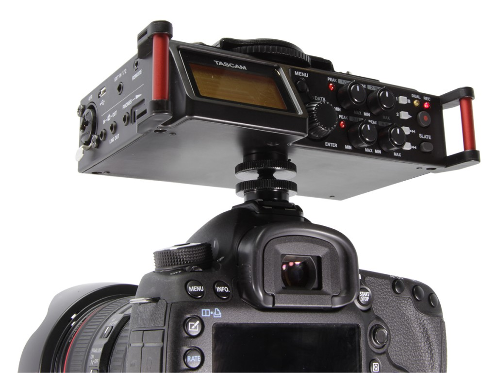 dr-70d_w_upside_camera_rear