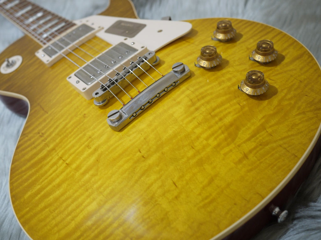 Standard Historic 1958 Les Paul Reissue VOS M50Mのボディトップ-アップ画像