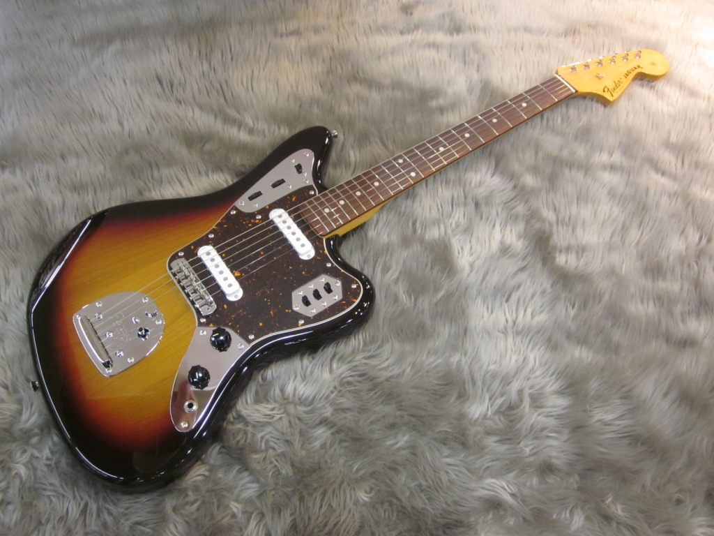 Exclusive Classic 60s Jaguar / Rosewood / 3-Color Sunburst