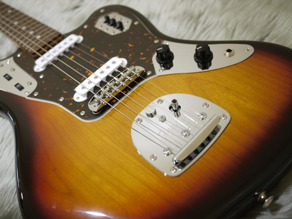 Japan Exclusive Series Classic 60s Jaguar Rosewood Fingerboardのボディトップ-アップ画像