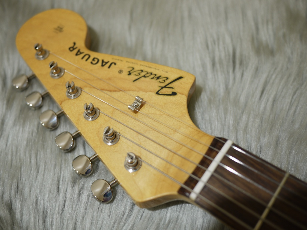 Japan Exclusive Series Classic 60s Jaguar Rosewood Fingerboardのヘッド画像