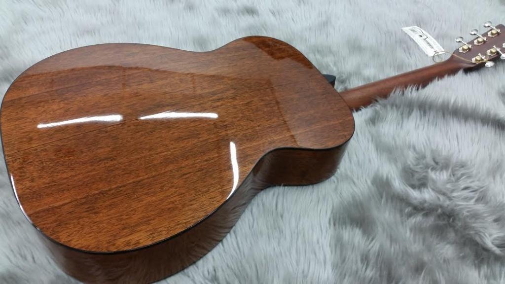 OO-18 STD-Martin(Acoustic)のボディバック-アップ画像