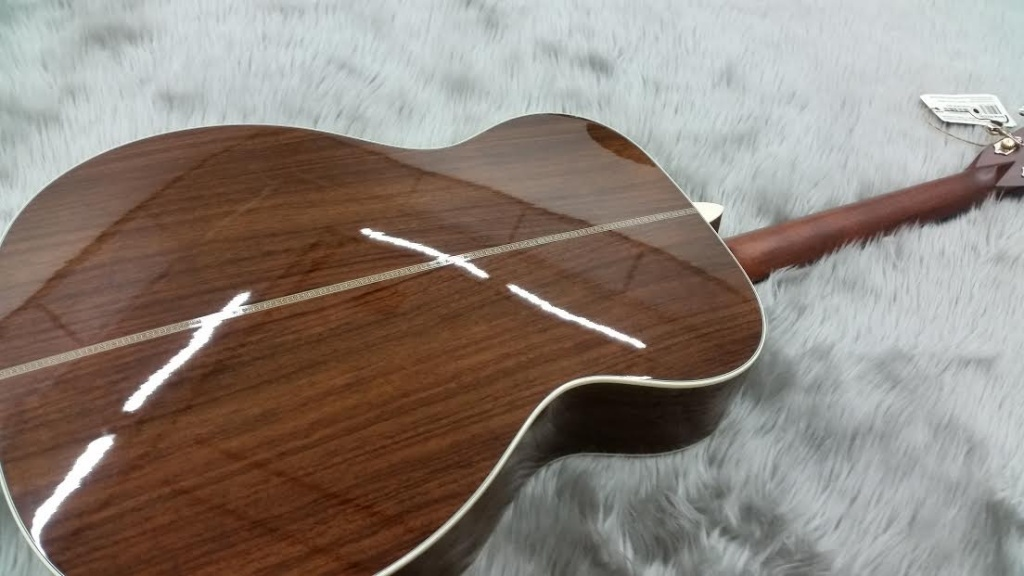 OM-28 STD-Martin(Acoustic)のボディバック-アップ画像
