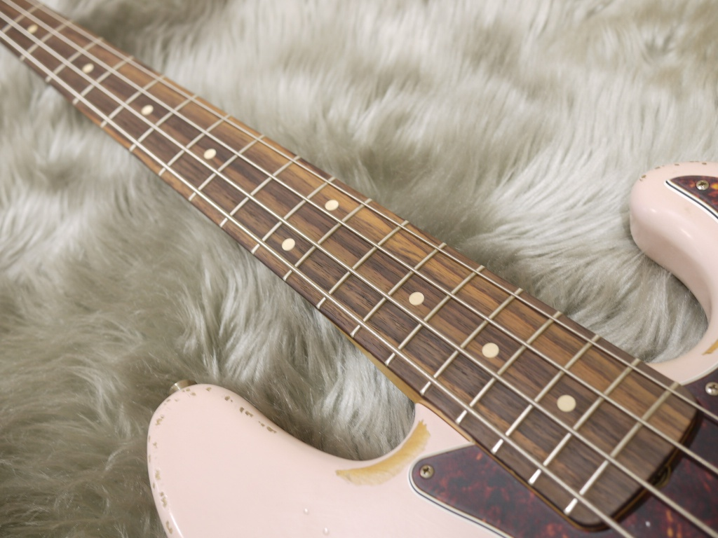 Flea Jazz Bass Rosewood Fingerboardの指板画像