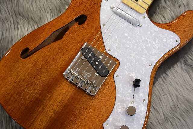 Japan Exclusive Series Classic 69 Tele Thinline Maple Fingerboardのボディトップ-アップ画像