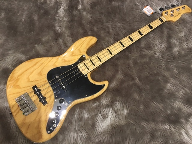 SIRE MARCUS MILLER V7 VINTAGE BASS 4ST (ASH)の全体画像