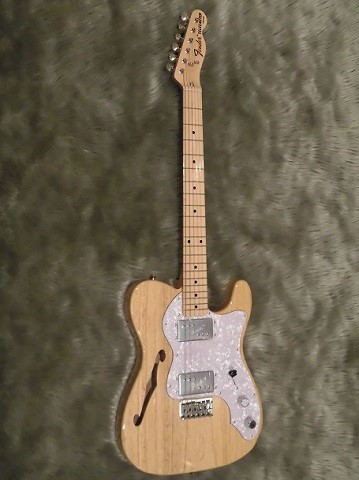 Japan Exclusive Series Classic 70s Tele Thinline Maple Fingerboardの全体画像(縦)
