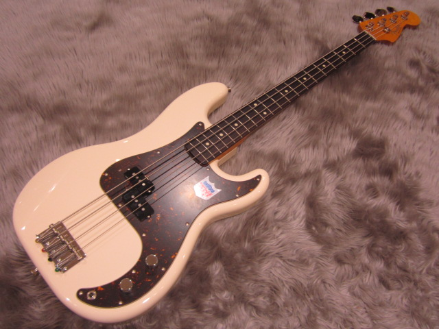 Japan Exclusive Classic 60s P Bass USA PICKUPSの全体画像