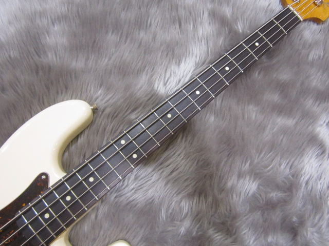 Japan Exclusive Classic 60s P Bass USA PICKUPSのボディバック-アップ画像