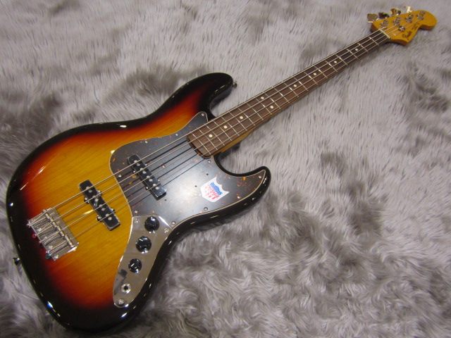 Japan Exclusive CLASSIC 60S JAZZ BASS USA PICKUPSの全体画像