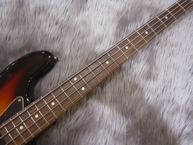 Japan Exclusive CLASSIC 60S JAZZ BASS USA PICKUPSのボディバック-アップ画像