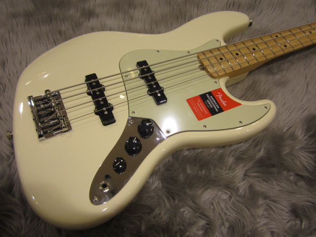American Pro Jazz Bass Maple Fingerboardのボディトップ-アップ画像