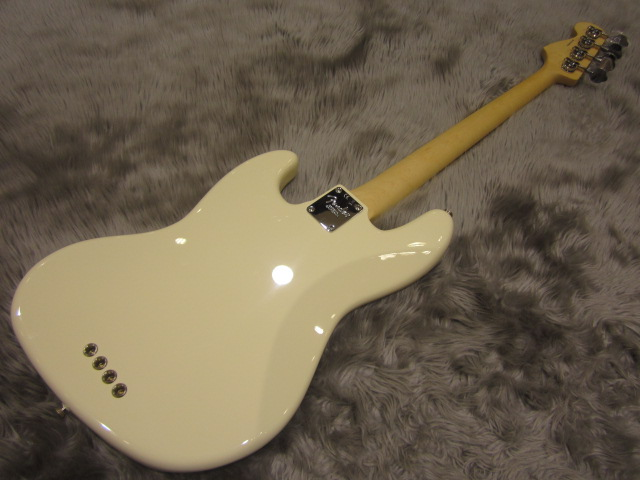 American Pro Jazz Bass Maple Fingerboardのケース・その他画像