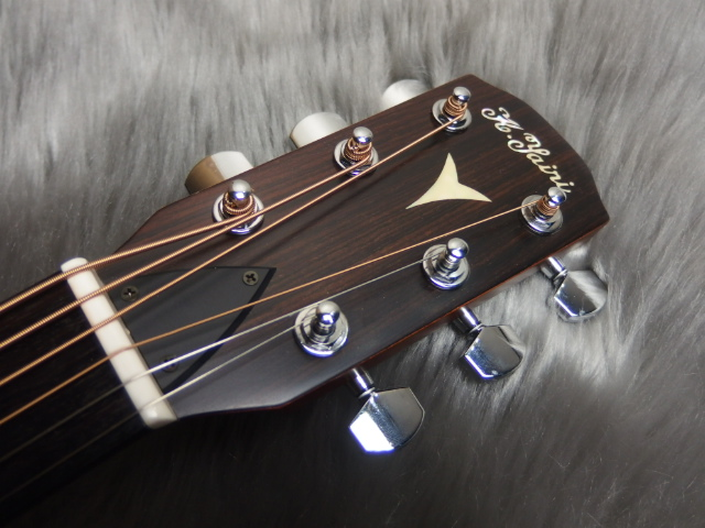 YBR2/バリトンギター with L.R.Baggs Anthemのボディバック-アップ画像