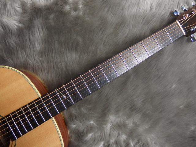YBR2/バリトンギター with L.R.Baggs Anthemのヘッド画像