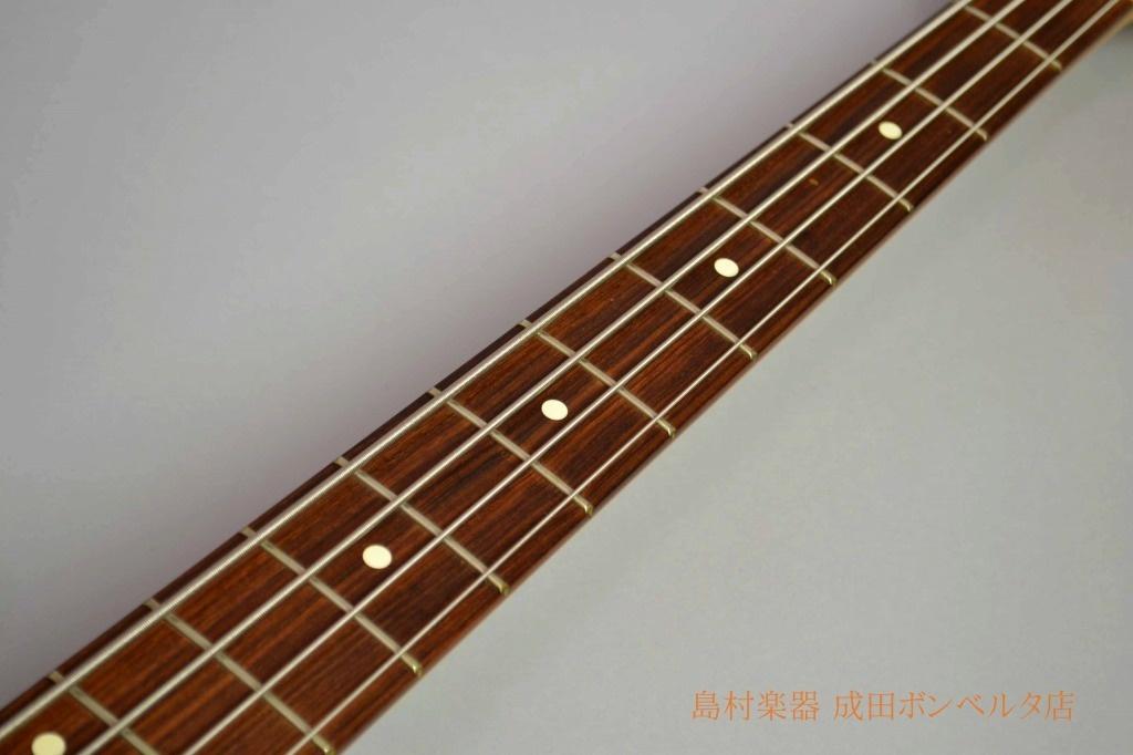 AM STD Jazz Bassの全体画像(縦)