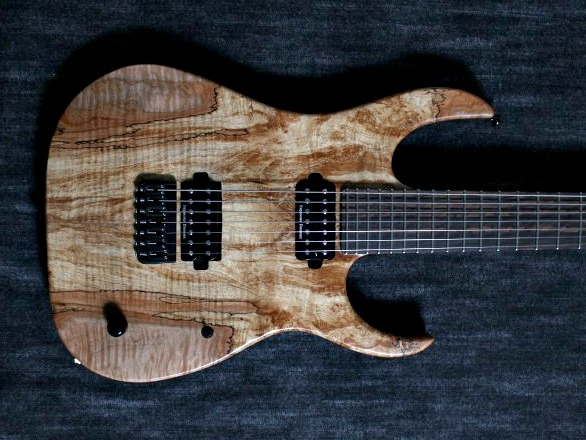Cobra Special7 HT/T Spalted Maple Top 4 over 3 Headのボディトップ-アップ画像