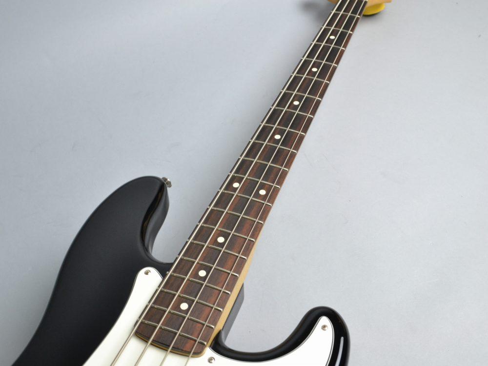 Standard Precision Bassの指板画像