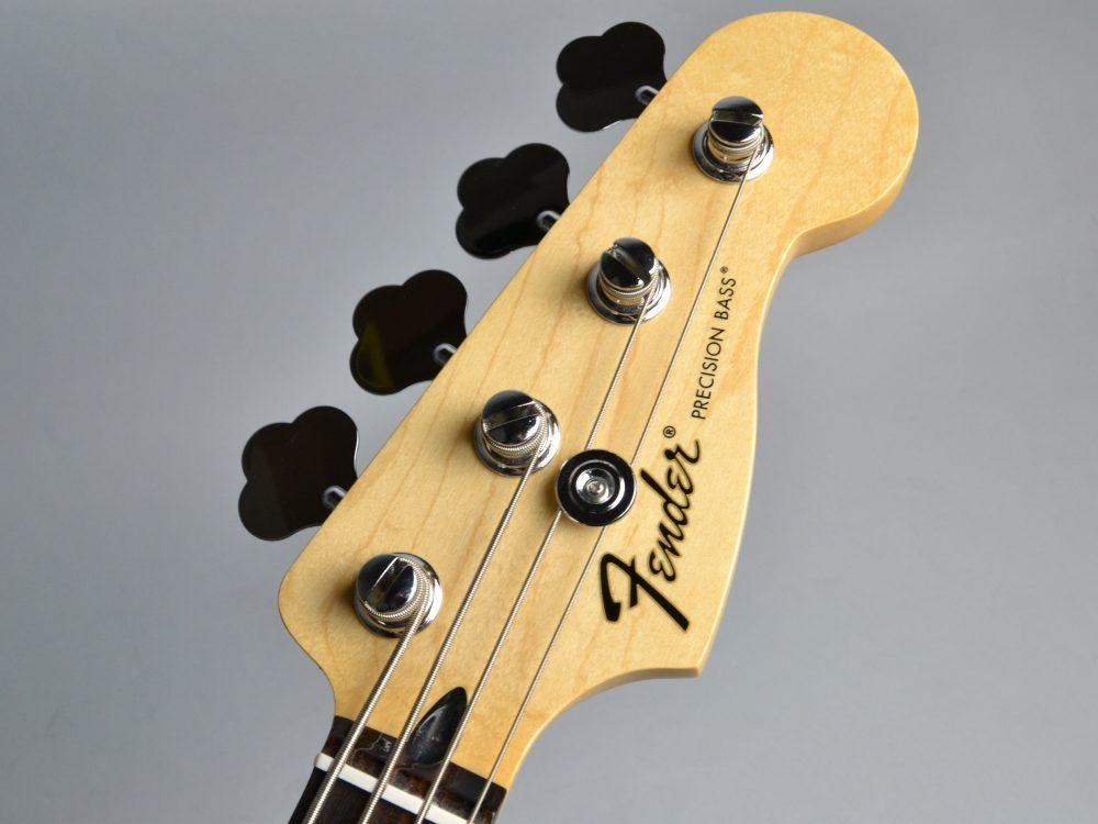 Standard Precision Bassのヘッド画像