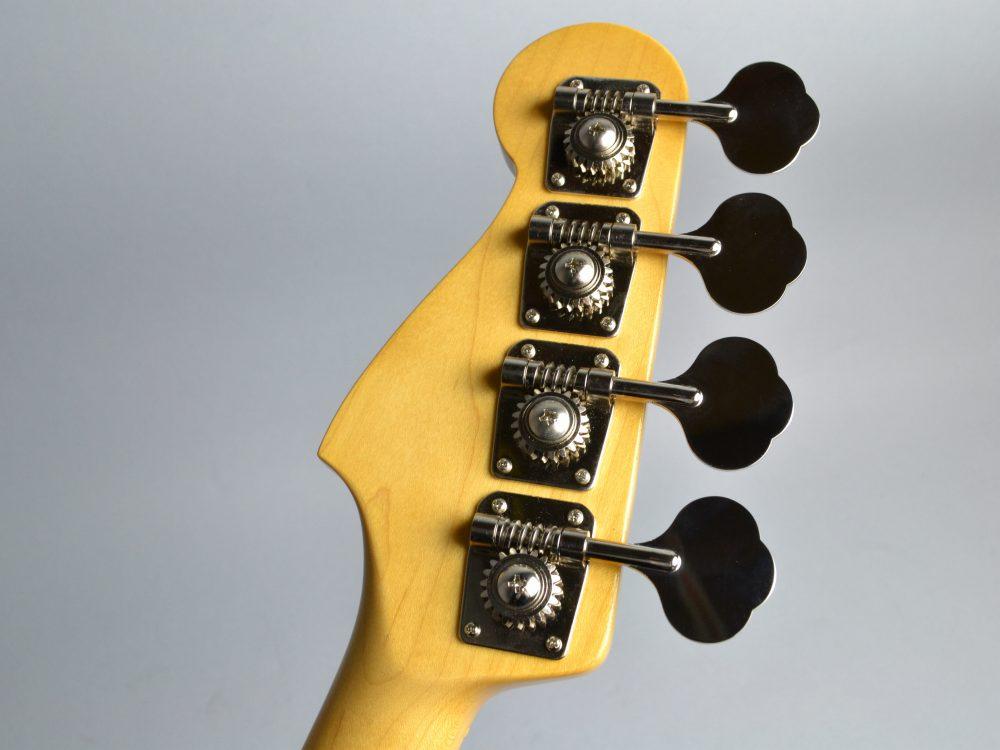 Japan Exclusive Classic '50s P Bassのヘッド裏-アップ画像