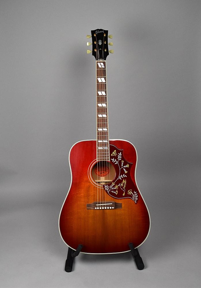 1960s Hummingbird Aged VCS(Vintage Cherry Sunburst) VOSの全体画像(縦)