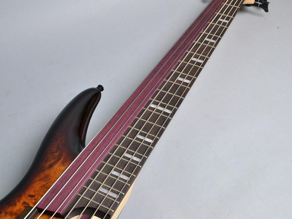 SRAS7 Ashula Bassの指板画像