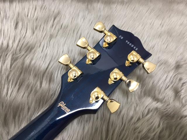 Les Paul Custom 3A Quilt M2M AQUA BLUEのヘッド裏-アップ画像