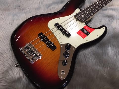 American Professional Jazz Bass RW/3TSのボディトップ-アップ画像