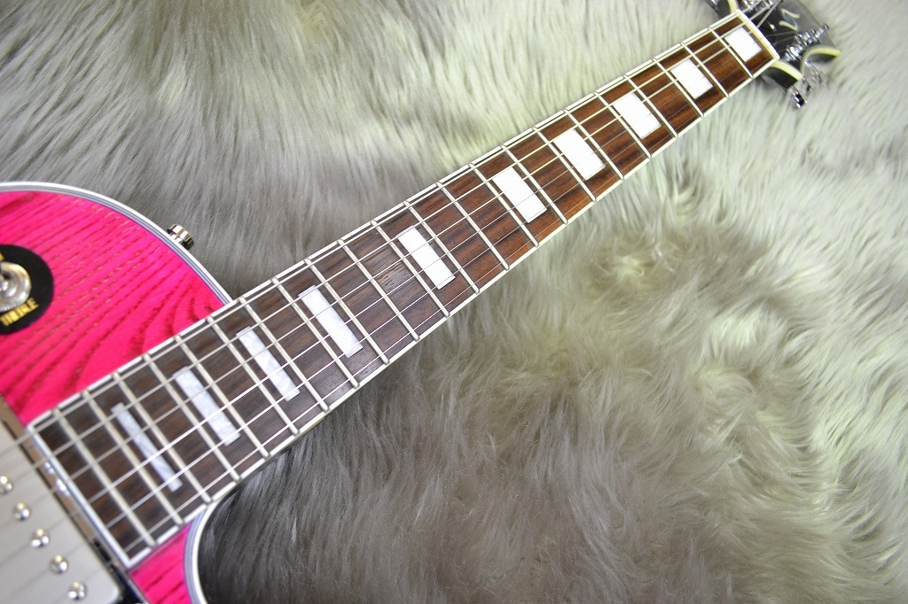 Claymore Ash Custom – Pink Open Poreの指板画像
