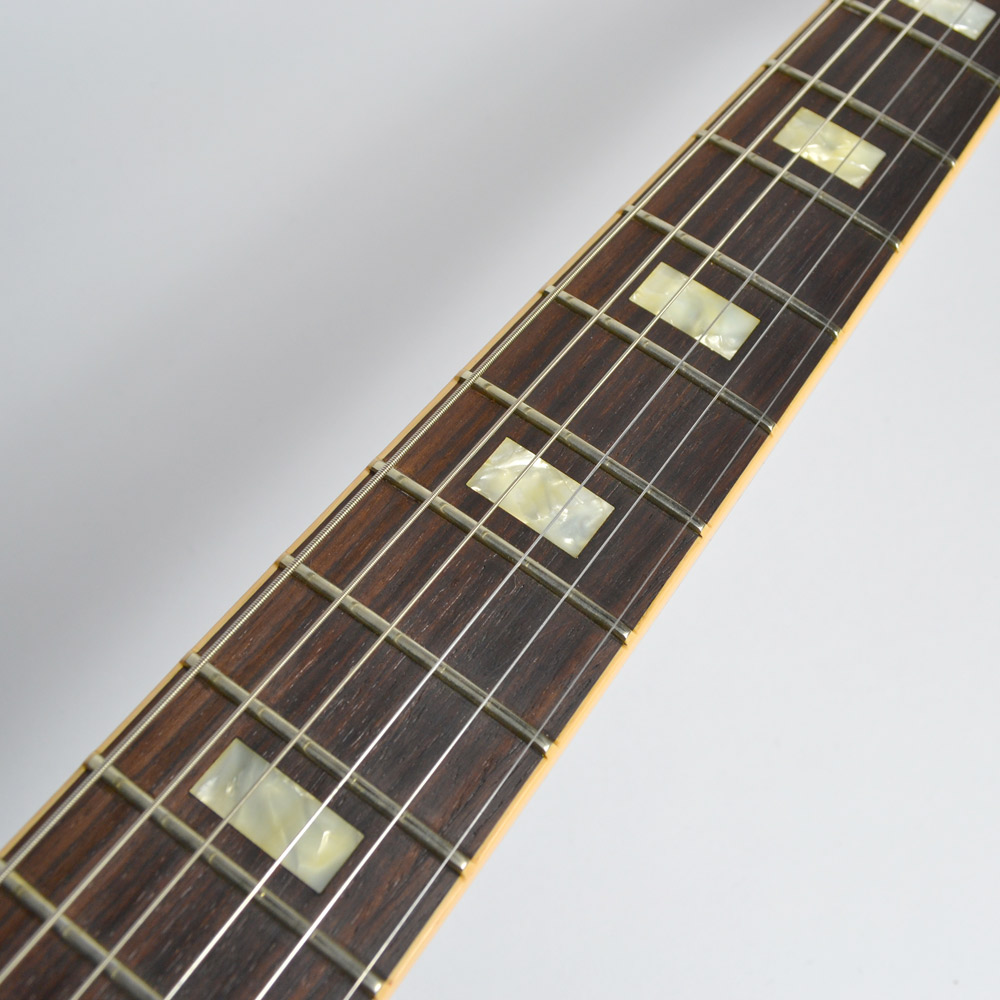 ES-335/Figured Faded Light Burstのヘッド画像