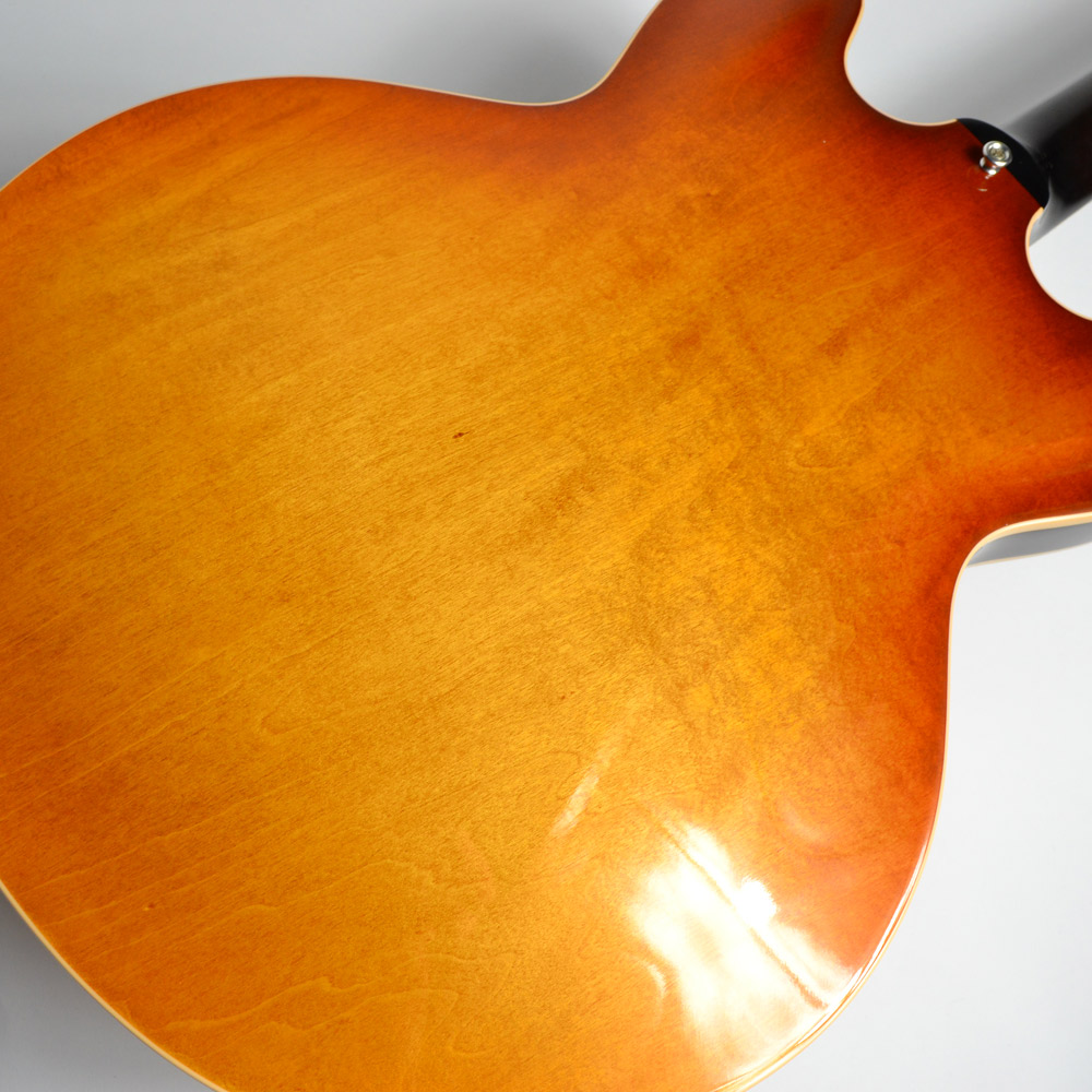 ES-335/Figured Faded Light Burstの全体画像(縦)
