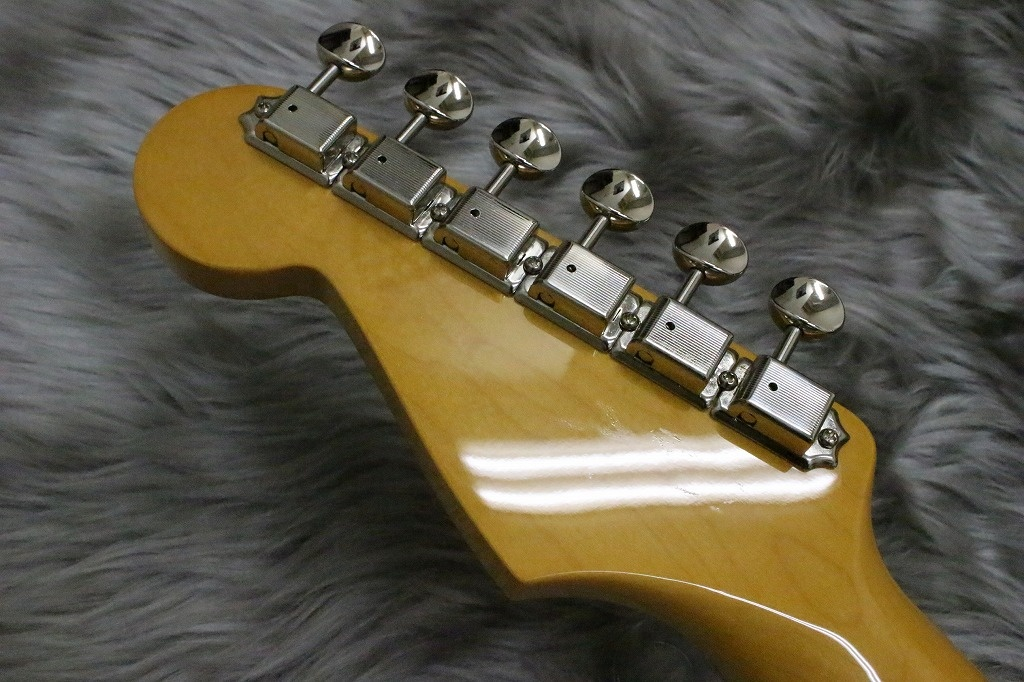CLASSIC 60S STRAT TEXAS SPECIALのヘッド裏-アップ画像