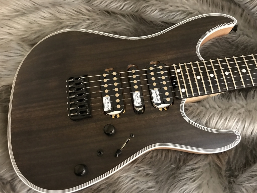 SCHECTER NV-7-24-MH-FXD/RNT/Eのボディトップ-アップ画像