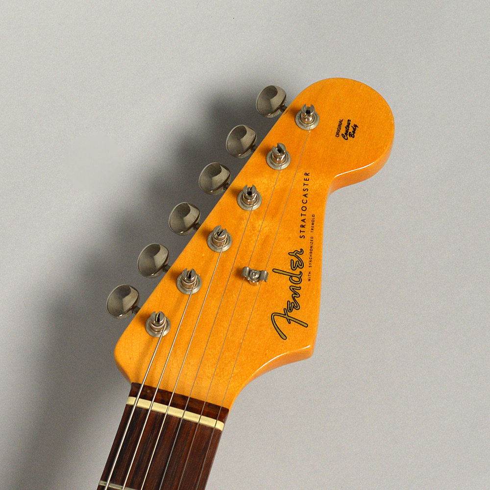 American Vintage '62 Stratocaster / Candy Apple Redのヘッド画像