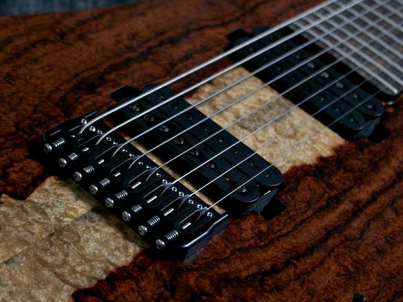 Cobra Special 8 HT/T Curly Narre Topのヘッド画像