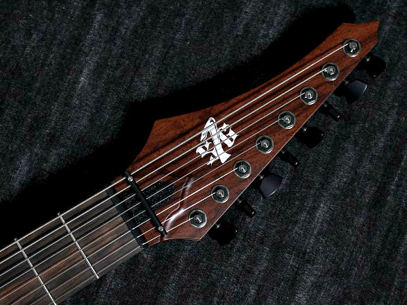 Cobra Special 8 HT/T Curly Narre Topのヘッド裏-アップ画像