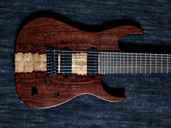 Cobra Special 8 HT/T Curly Narre Topのケース・その他画像