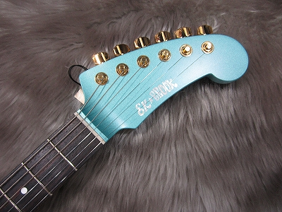 The SK★BROOK SHARK GUITARのヘッド画像