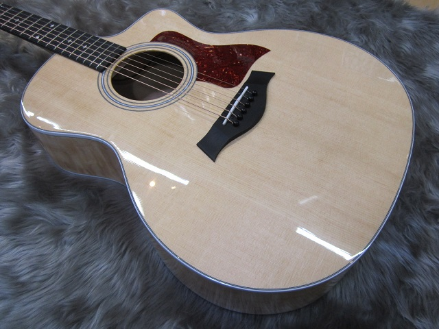 214ce Quilt Maple Deluxe Specialのボディトップ-アップ画像