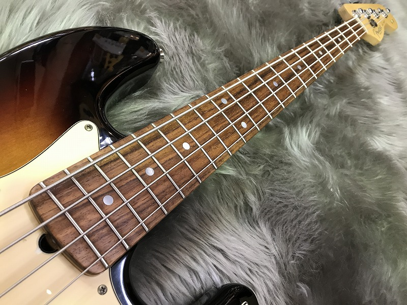 60th Anniversary American Jazz Bass / 3CSの全体画像(縦)
