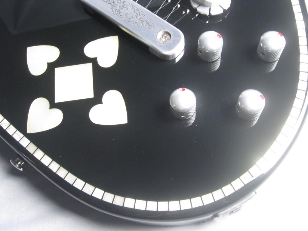 C24SU BLACK PEARL HEARTのケース・その他画像