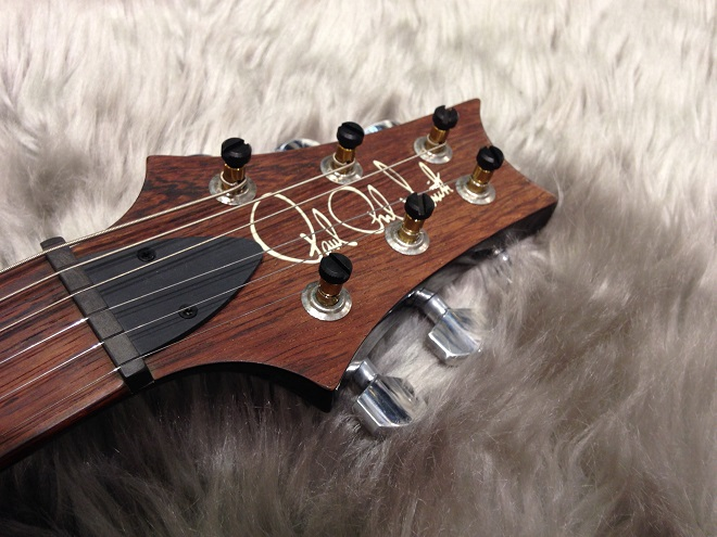 Paul's Guitar BW TR Qのヘッド画像