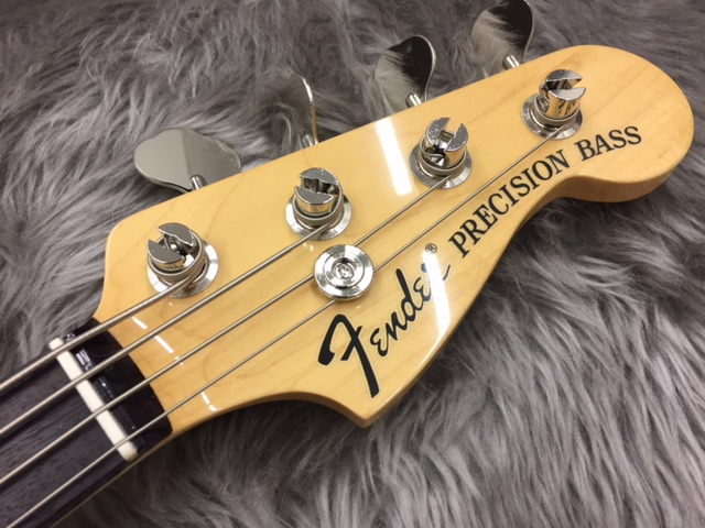 Traditional '70s Precision Bassのボディバック-アップ画像