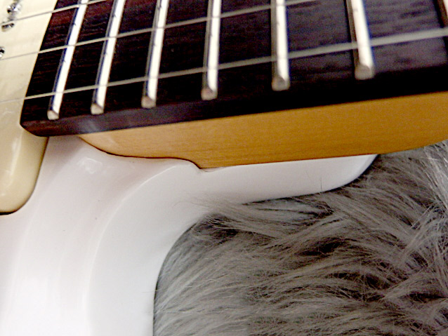 Kotetsu White 和楽器バンド 桜村眞(町屋)モデル By Sagoの指板画像